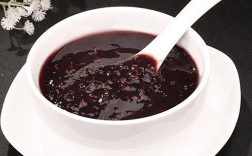 西安特色小吃培训带您看看美味的黑米粥