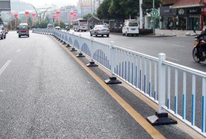 道路护栏在日常维护需要做清洗吗?