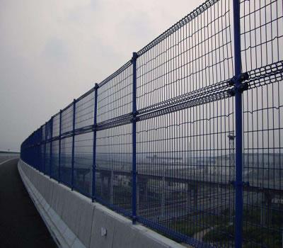 桥梁护栏网距离地面多高.合适呢?我们一起来看看吧