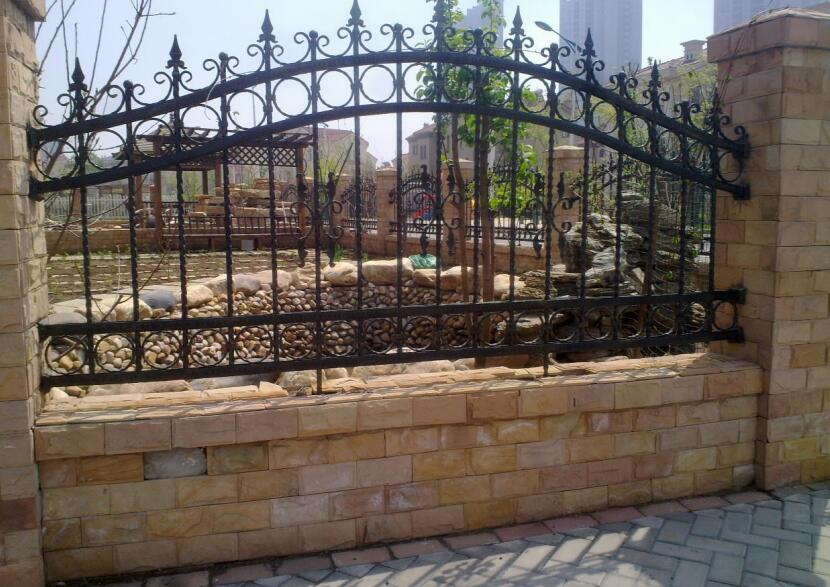 西安铁艺围墙安装