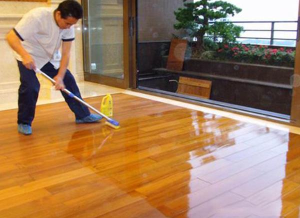木地板打蜡注意事项