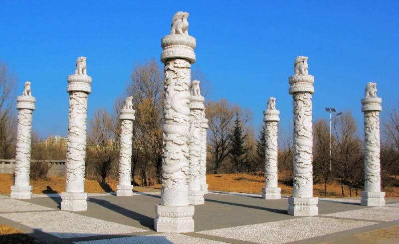 石材龙柱360度立体雕刻