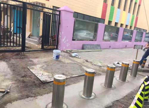 幼儿园升降柱
