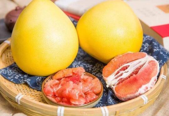 喜欢吃柚子又不知道怎么挑选?