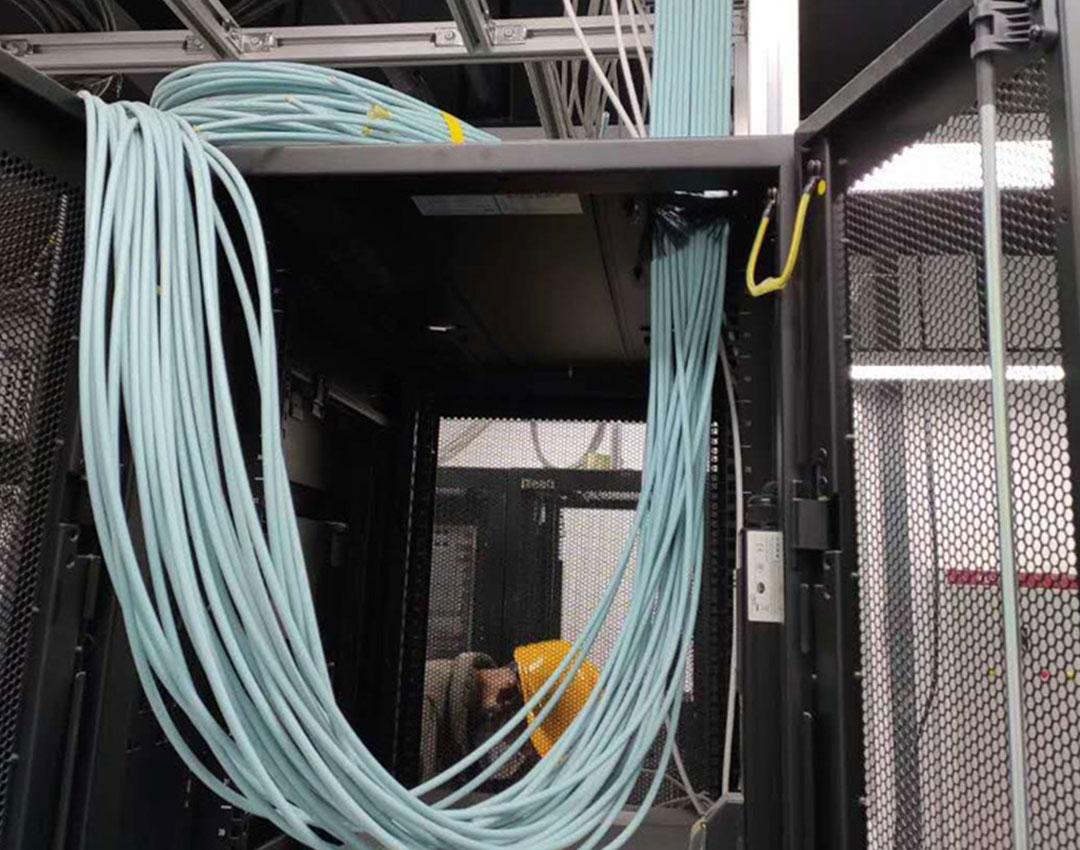 天府四街写字楼弱电网络综合布线项目