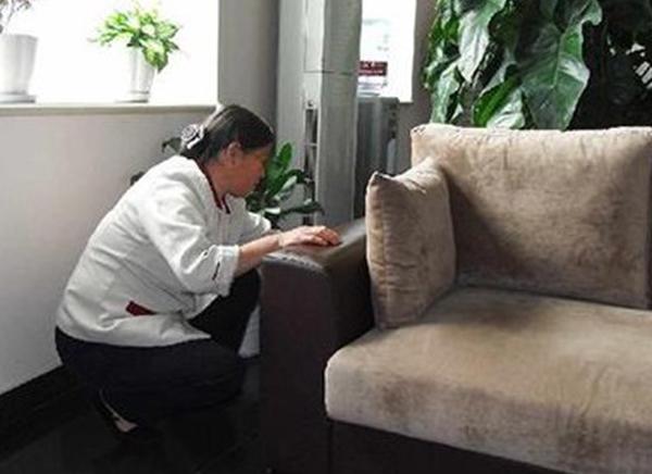选择家政保洁服务行业创业的两大具体优势分析