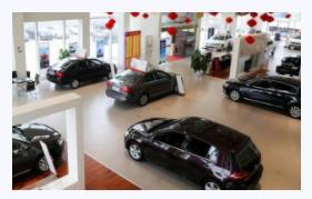 车展上签协议交订金提车遭加价,4S店:销售没签字协议无效