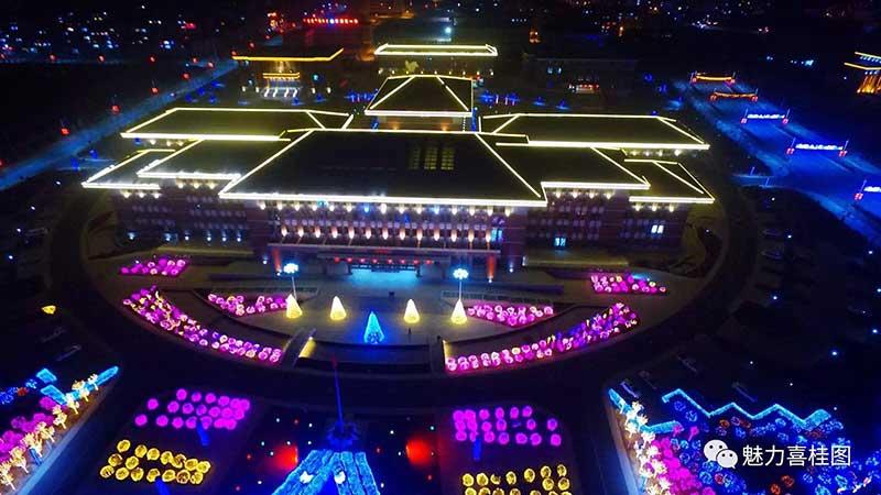 宁夏灯笼厂家巧工匠之园林广场亮化案例