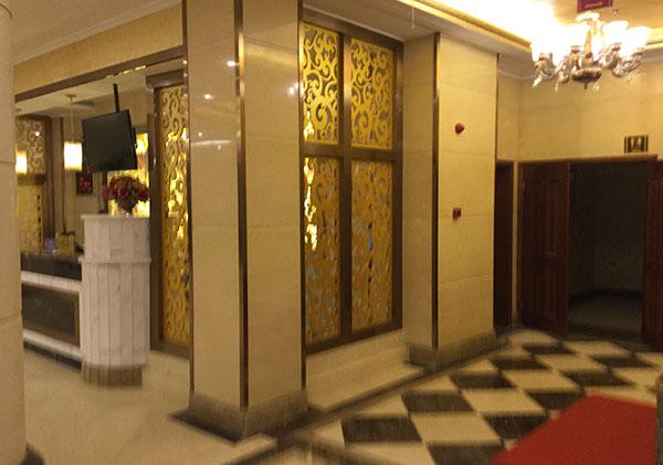 成都不锈钢门套合作案例-岷江豪庭国际大酒店