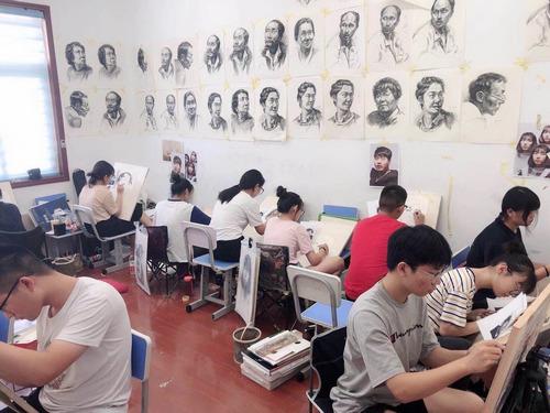 郑州中招美术培训