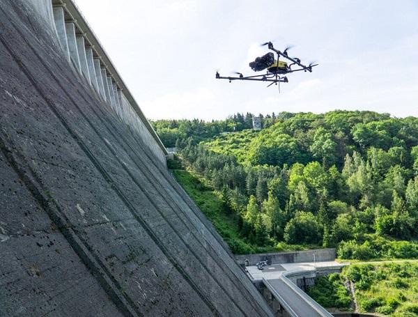 猎鹰8行业应用案例 — 大坝坝体裂缝检测