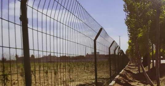 双边框架护栏网