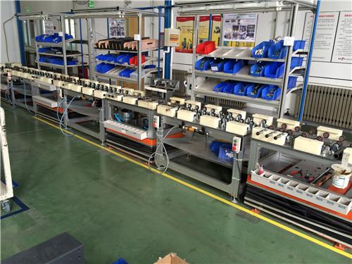 铝型材断路器组装线