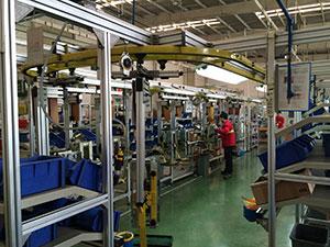 轨道式铝型材机构组装线