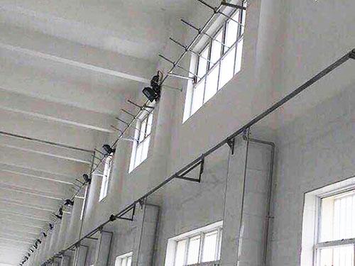 西安北客站工程段车间大型开窗机