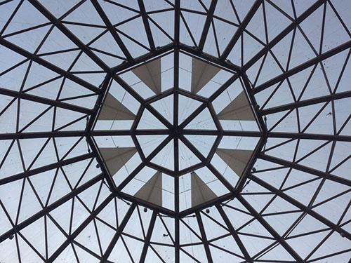未央路盛龙广场电动天棚安装
