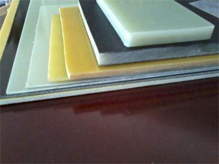 特种覆金属箔层压板