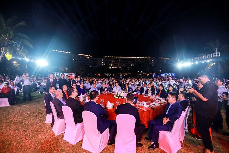 红寺堡酒庄参加第六届企业家发展年会