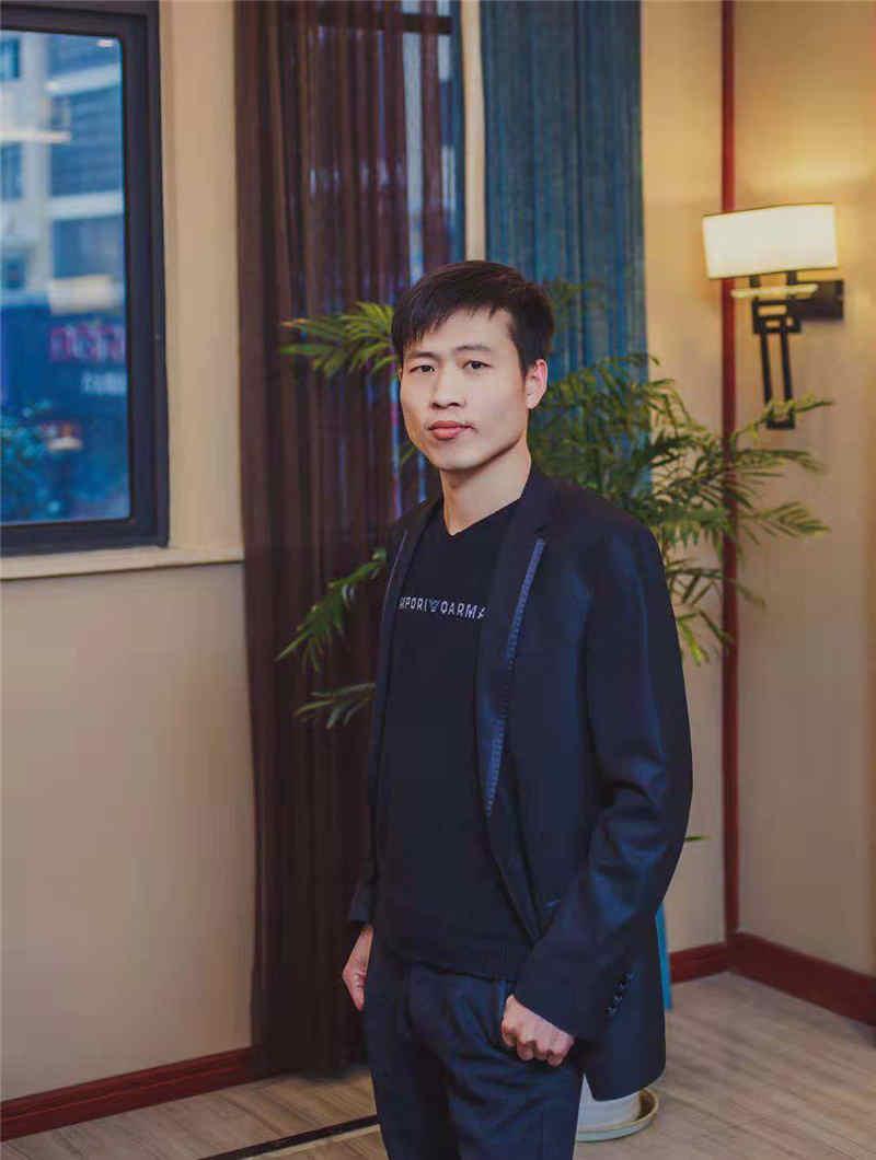 項目經理陳飛
