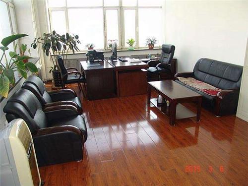 郑州钢筋套筒厂家办公室