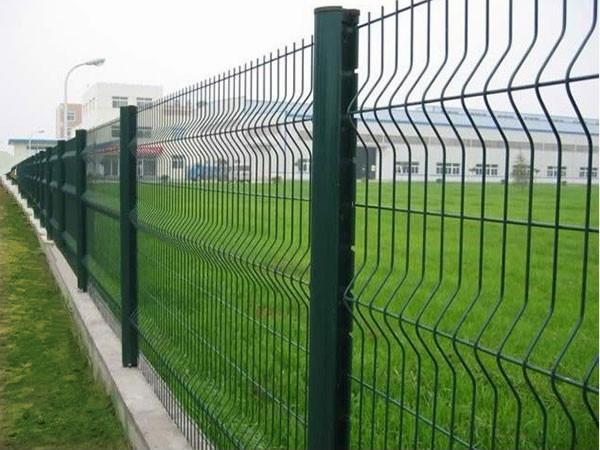 加强折弯护栏网