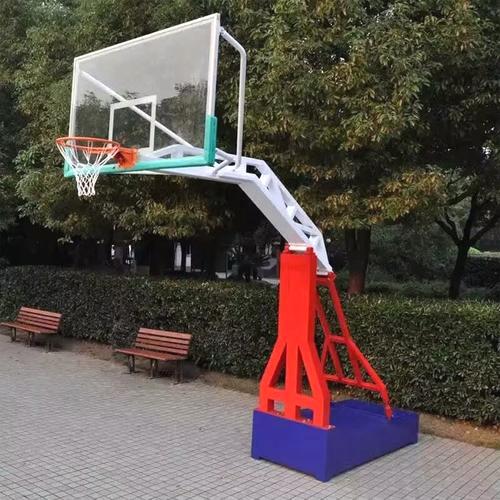比赛篮球架