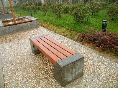 关于户外休闲椅我们在进行具体的保养的时候这也方法使用了吗