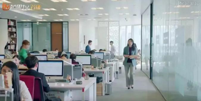 什么样的办公桌造型,更容易升职加薪?