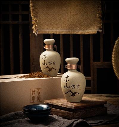 四川糯米高粱白酒