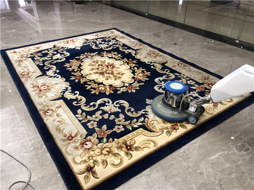 依美珂保洁带你了解清洗地毯的一些小方法