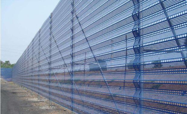 陕西彩钢防风抑尘墙工程案例