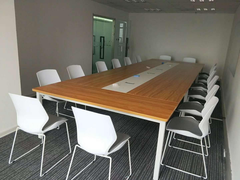 西安现代会议桌厂家