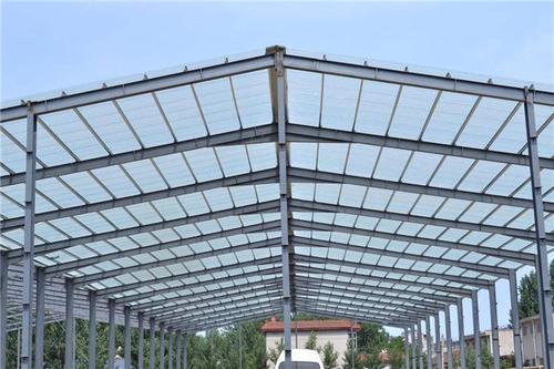 影响钢结构的因素