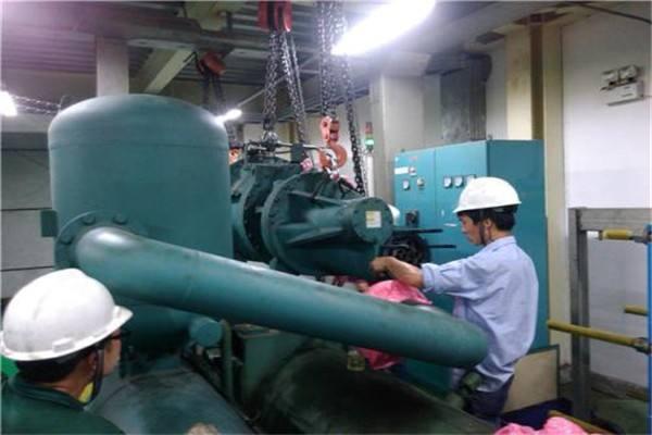 大型中央空调维修案例