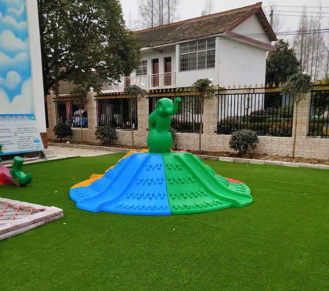 陕西幼儿园草坪