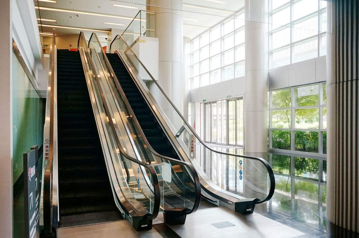 武汉自动扶梯销售