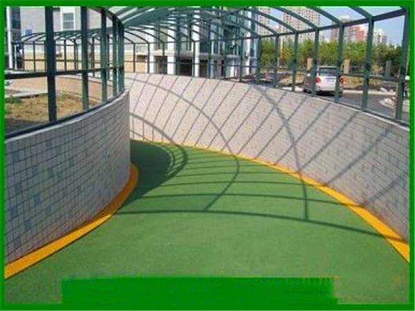 环氧防滑坡道的施工条件