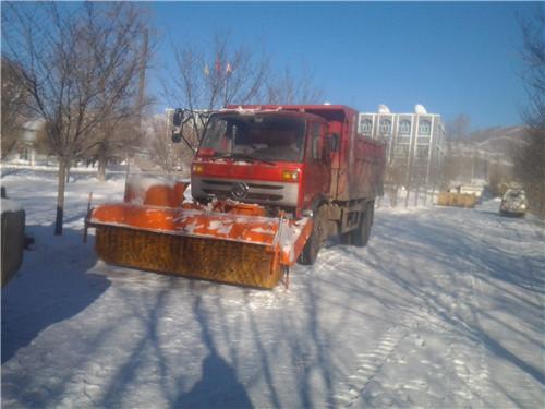 除雪车设备改装