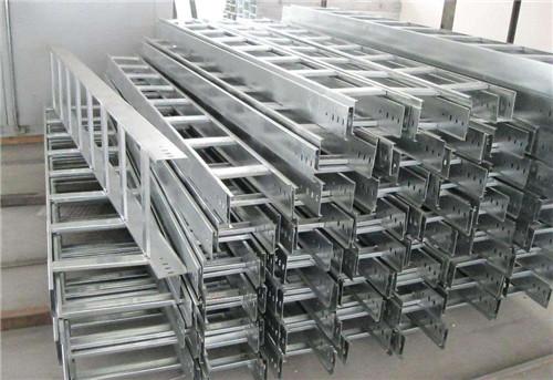 玻璃鋼電纜橋架(槽式、梯式)常見種類及安裝知識簡介