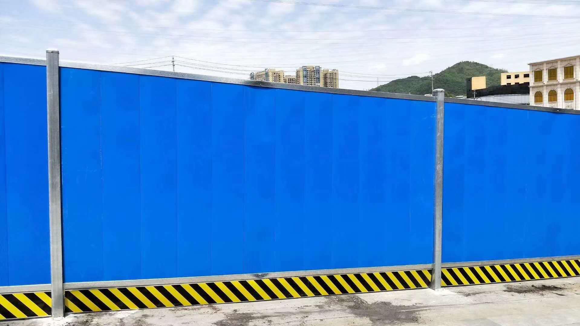 四川彩钢围挡在安装时不得不需要注意的几点