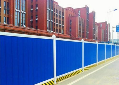 鑫豪玲实业给大家介绍PVC围挡施工方案以及日常维护