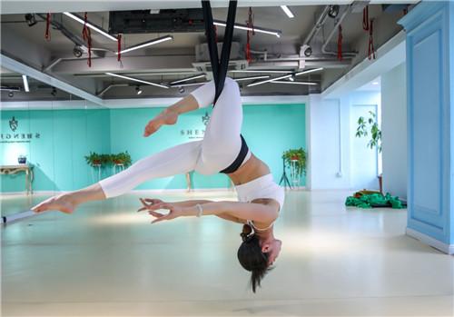 零基本空中瑜伽1+2+3級