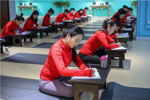 臺南瑜伽鍛練培訓