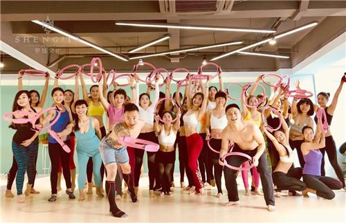 瑜伽教练班培训需要多久?