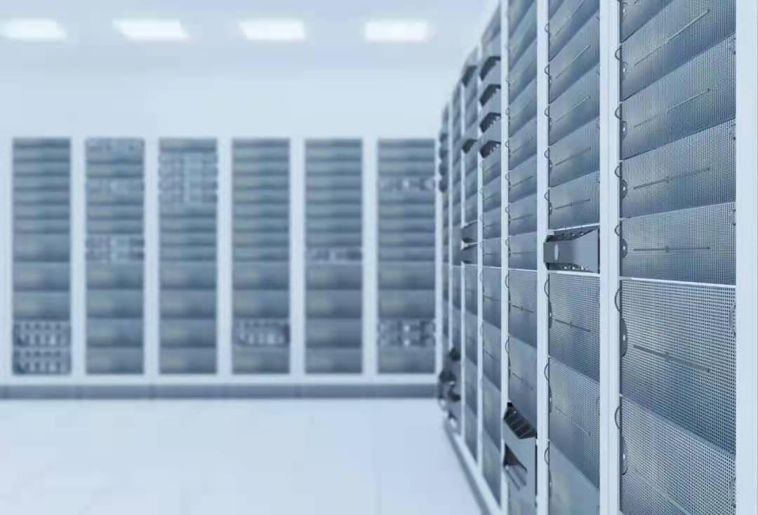山特重磅发布高能效空调,成就中小型数据机房制冷解决方案
