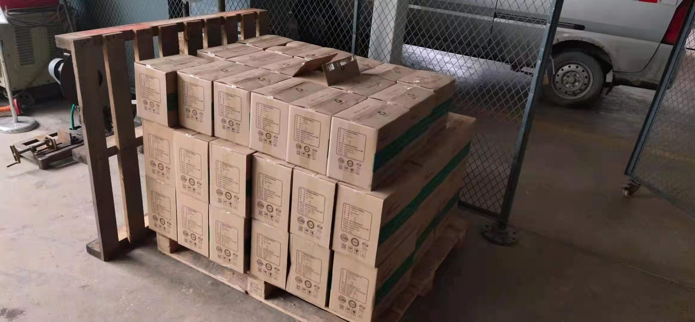 西安北客站使用的免维护蓄电池12V38AH 65AH 100AH