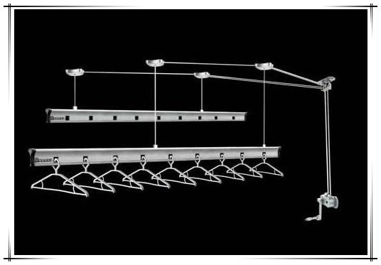 阳台应该选择什么样的晾衣架?选择晾衣架的技巧由哪些?