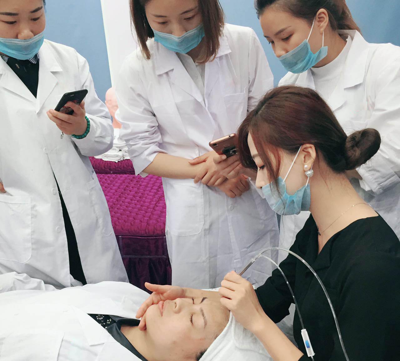 日常皮肤管理培训操作