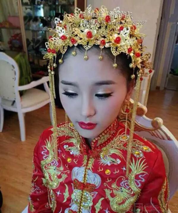 中式新娘妆容展示