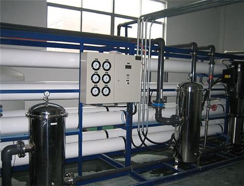 想要选择一套好的纯净水设备你要注意以下几点了